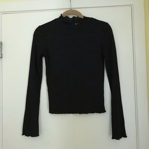 Black ribbed long sleeved shirt